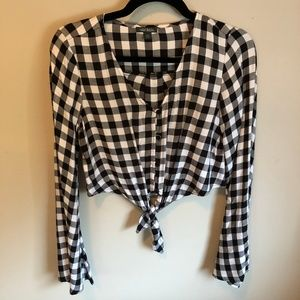 wild fable. Checkered long sleeve button up.
